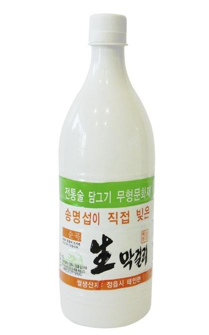 Seong Myeong Seob Makgeolli